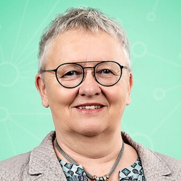 Dr. Steffi Lange